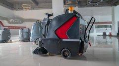 商场地面难洗?选择扬子全自动洗地机