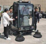 驾驶式洗地机的保养常识有哪些