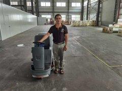 洗地机在工厂商场等地广泛应用