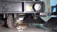 驾驶式电动扫地车清扫洁净度下降的原因