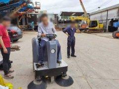 工厂扫地机使用的6大优势