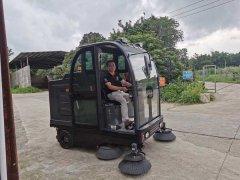 小区路面清扫车实用吗?值得购买吗?